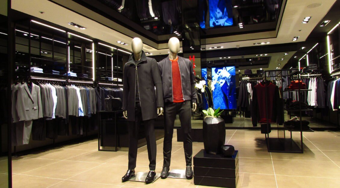 male-manneqins-hugoboss-sloane-square-london-mjlighting