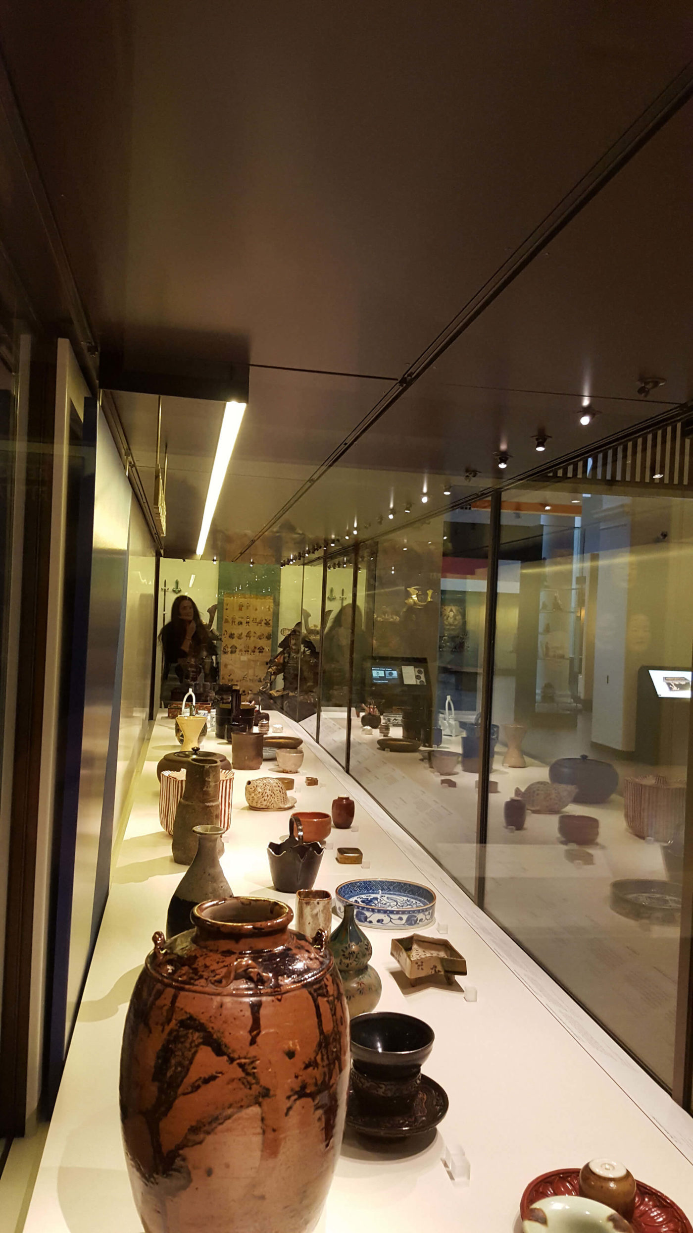 retail-shop-national-history-museum-london-3-mjlighting
